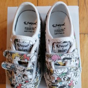 Feiyue Peanuts. Super søde sko, som vi dog aldrig fik brugt.