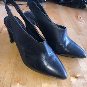 Samsøe & Samsøe heels