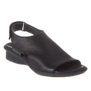Lækker sandal, blødt skind og meget komfortabel. Kun brugt et par gange, så stand er som ny. Nypris var omkring 2000 husker ikke præcise pris.