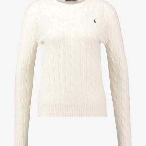 Super fin strik trøje fra polo ralph lauren. Den er maks brugt 10 og er derfor helt som ny. Absolut ingen tegn på slid. Nypris - 1195kr. Mp - byd, men hver realistisk