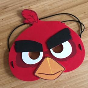 Angry birds maske Prisen er fast, men ved køb af 4 annoncer er den billigste gratis. Ingen røg. Kan kun afhentes på min adresse på Mimersgade - ydre Nørrebro eller sendes med gls eller post nord