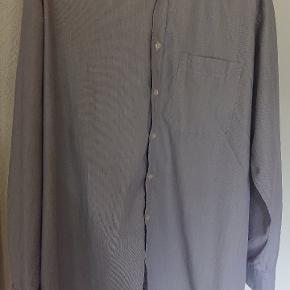 Grå Eterna langærmet skjorte med brystlomme str 44