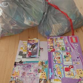Har ca 4,15 kg lego til salg med 15 tilhørende manueler. Alt nsn. Foretrækker afhentning pga den tunge vægt.  510 kr pp eller afhentning I Esbjerg Ø