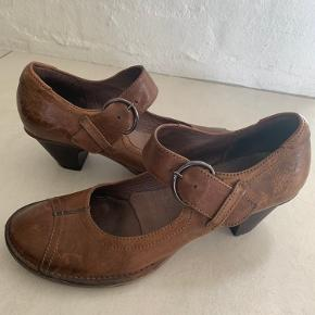 Gidigio heels