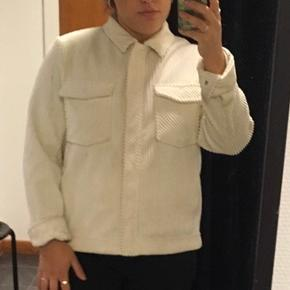 Råhvid corduroy / fløjls jakke fra samsoe samsoe