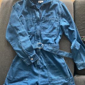 Weekday tøj