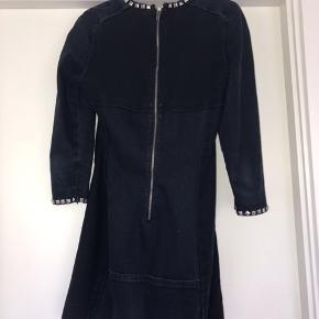 Special edition isabel marant kjole:) Den fejler intet, og nyprisen var 5500,-