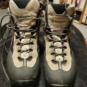 Scarpa støvler