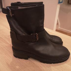 NY PRIS Super fede støvler fra Notabene købt for store aldrig gået med kun prøvet på.