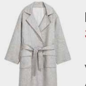 H&M Filtet uldjakke i grå helt ny med tags! Har 3 x M/L til salg. Alle 3 nye - nypris 1299 kr  Se mine andre annoncer med varer fra H&M, ZARA, mango, Asos, mm
