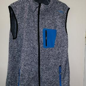 Cmp fleece vest i super god stand.