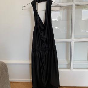Nelly Trend kjole