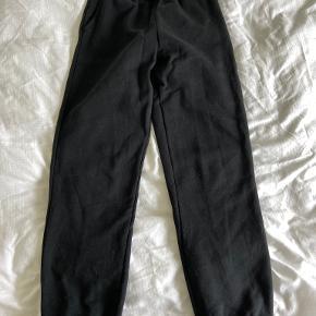 Clique bukser