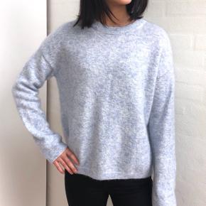 Super lækker sweater fra Inwear, i str L men kan passes af både S, M og LAldrig brugt!  Skriv for flere billeder