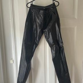 Zara bukser