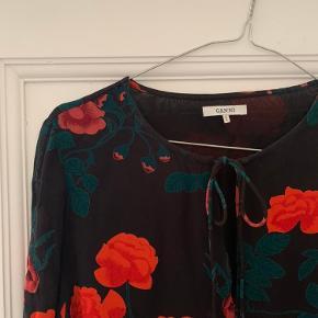 Skjorte fra Ganni
