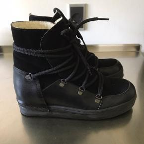 Super lækre støvler fra Billi Bi, kun brugt en gang...  Bytter ikke..