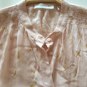 Sprit ny long shirt/ kjole str 38, super fin lang skjorte / kjole i viscose med guld mønst