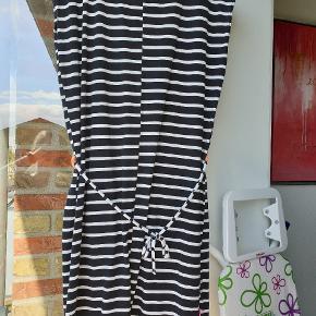 Kools kjole