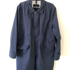 Sælger den fine north face frakke fra Black serien ny pris 7.000 kr