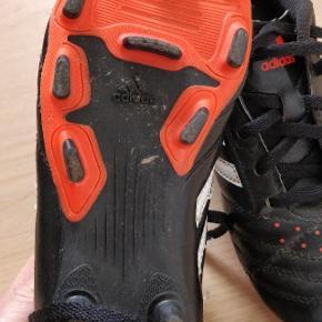 Fodboldstøvler fra adidas. Brugt 1 sæson af min søn😊