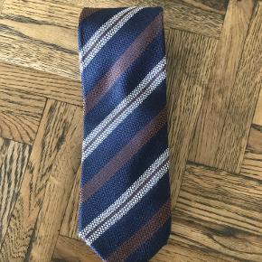 Bertoni slips