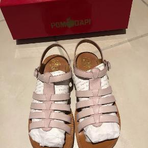 Pom d'Api sandaler