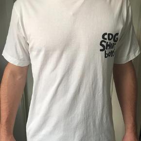 Brugt få gange.   T-shirt Farve: Hvid