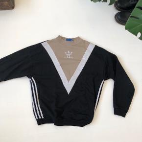 Super fin Adidas sweatshirt. Fitter en xs-s-m🌛💓
