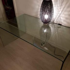 Glas sofa bord meget tungt sælges 800 kr   B:70, L:130 H:55 cm