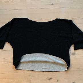 Crop sweater i blød materiale  Fra ikke ryger hushold