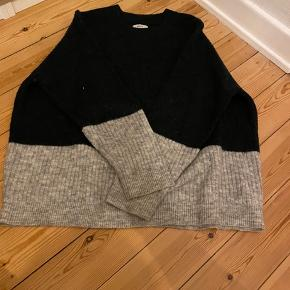 Sweater fra Envii🖤 Næsten som ny BYD