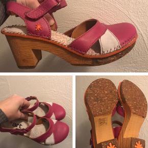 Varetype: Heels Farve: Pink