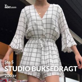 Studio tøj