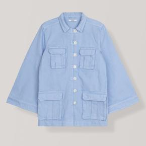 Sælger denne ganni jakke, aldrig brugt.   Np: 1800 kr.  Kom gerne med BUD!