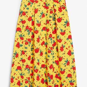 Flot gul nederdel fra Monki