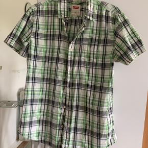 Levi's skjorte