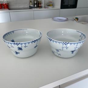 Blå element skål(e)  Sælges da jeg har alt for meget der ikke bliver brugt, prisen er pr stk  Np 899,- stk