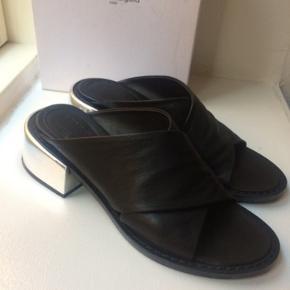 Maison Margiela sandaler. De måler 26,5 indvendig. Nypris 2600