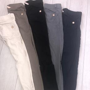 2de9ce30 Jeg sælger 5 par freddy bukser, to er str s, to er str m