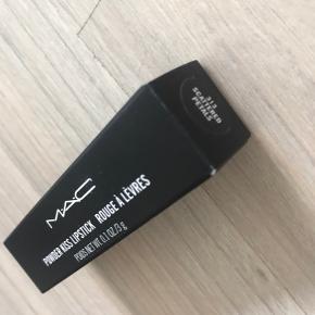 Powder kiss læbestift fra MAC. Aldrig brugt