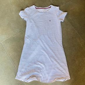 Rigtig sød og enkelt t-shirt kjole