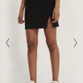 Super fin nederdel fra na-kd. Aldrig brugt og har stadig prismærke i.