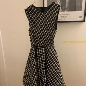 Maje kjole