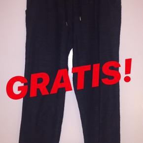 Mørke blå bukser fra Esmara.  Str. S 36/38 Har lommer