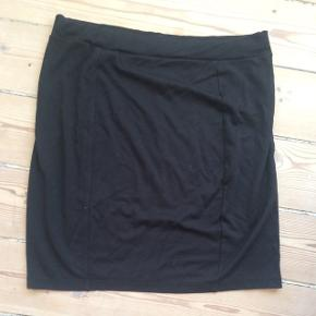 Fin enkel nederdel