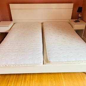 Sælges UDEN madrasser - inkl sengeborde og gavl.