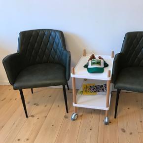 To Faux læder stole i mørk grøn