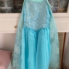 Elsa-kjole/ Frost / Disneystore - Go kvali/ ikke BR