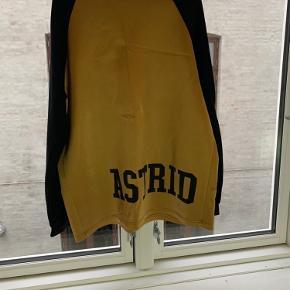 Astrid Andersen Sweater